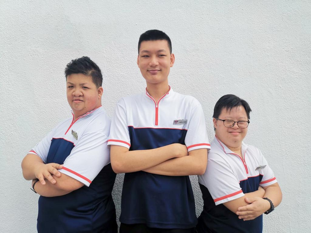 3-ih-staff